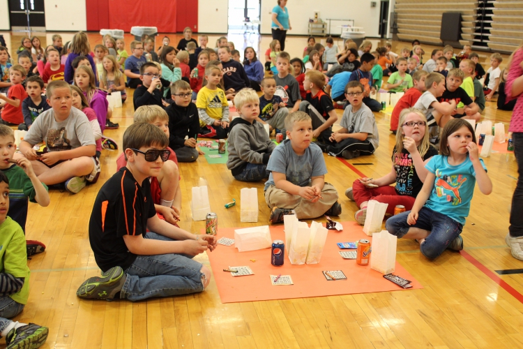 modifications to the national school lunch The national school lunch program (nslp) is the nation's second largest food and nutrition assistance program in 2016, it operated in over 100,000 public and.